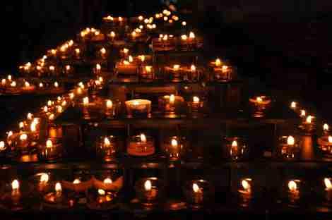 Detalle Notre Dame by WOMANWORD Energía y Decoración