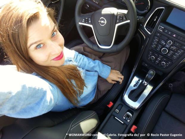 ® WOMANWORD con Opel Cabrio. Fotografía de/ por © Rocío Pastor Eugenio