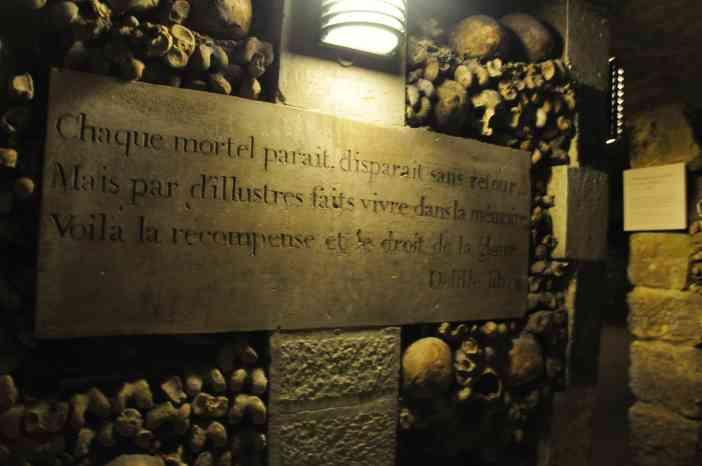 Catacumbas. París. Fotografía de/ por Rocío Pastor Eugenio. WOMANWORD