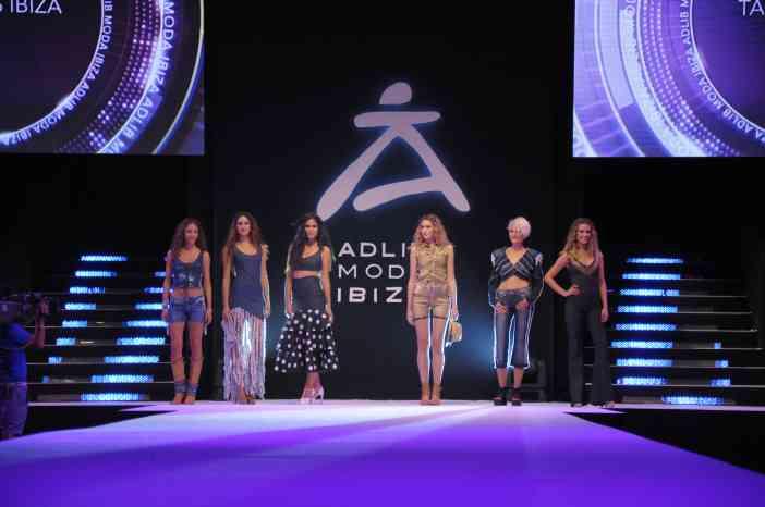 Adlib Moda Ibiza by © Rocío Pastor Eugenio ® WOMANWORD