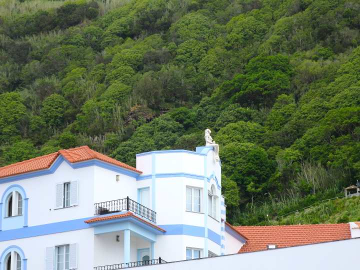 WOMANWORD in SAO JORGE