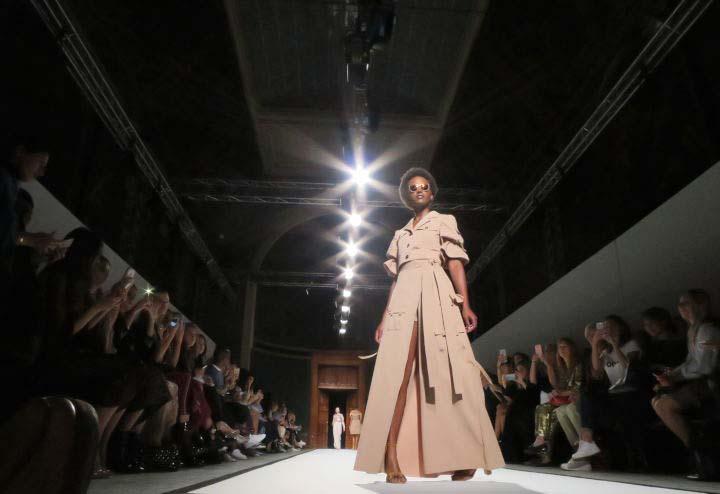 Chalayan by WOMANWORD Paris Fashion Week