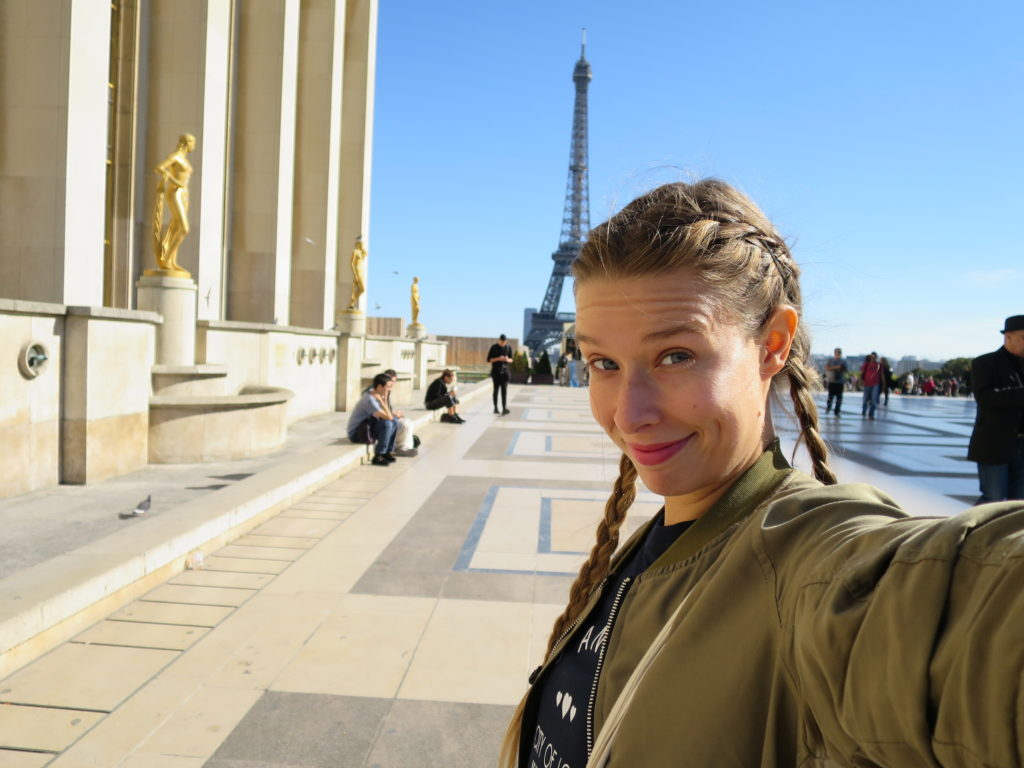 WOMANWORD à Trocadero